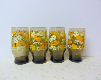 Vintage Flower Power 1970's Tumblers Glasses