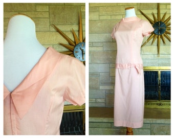 Vintage Pink Cocktail Dress * 1960s Jackie O Sheath * Drop Waist Dress * Size Small
