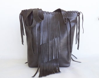 leather tote handbag in pewter gray with fringe and hand whip stitching by Tuscada