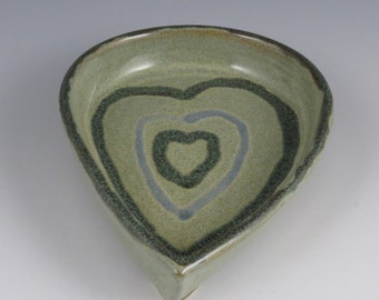 Footed tray dish with heart design green and blue