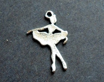 Dancer Charm / Pendant - Set of 12 - Antique Silver - Ballet, Ballerina, Dance