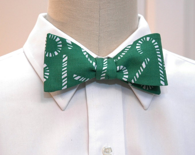 Men's Bow Tie, Christmas green/white candy canes, holiday green bow tie, green/white bow tie, stylish men's Christmas gift, candy cane tie