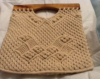 Vintage Ivory Macrame Tote Purse With Wooden Handles