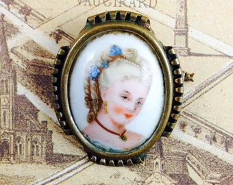 Vintage French Limoges Brooch