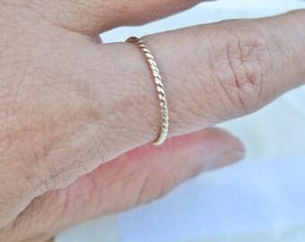 14k Feminine Twist Band Stacking Ring Wedding Band Promise Ring