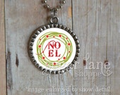 Noel Wreath Bezel Necklace (CHCB1 - Green, Red, Christmas) - Bezel Pendant with Chain