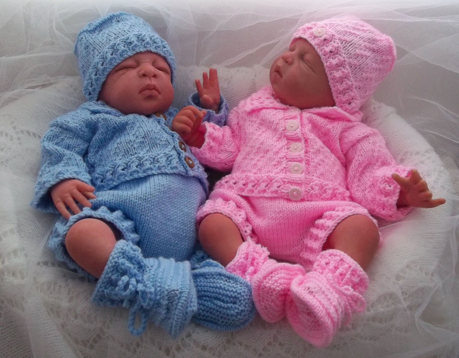 Knitting Patterns For Baby Newborn Doll : Baby Knitting Pattern Boys Girls Reborn Dolls Newborn to