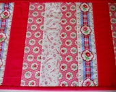 Valentine Quilted Table Runner, Valentines Day Decor, Quilted Table Topper, Patchwork Runner, Vintage Style, Cottage Chic Valentine Runner
