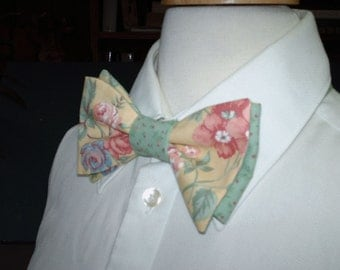 Country Wedding / Custom Made Mens Bow Tie / Womens And Mens Pre-Tied Style Bow Ties /  Butter Yellow,  Rose, Green, Vintage Cotton Fabric