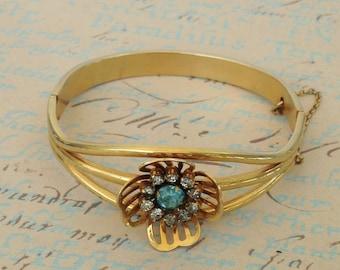 1940s Bracelet And Earrings Hinged