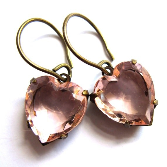 Rose Pink Claw Set Heart Earrings Fashion Jewelry