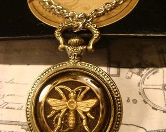 Steampunk  Pocket Watch Bee with Gear Pendant Necklace (1749)