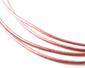 LRD0105060) 1 meter of 0.5mm Mystique Pink Metallic Round Leather Cord
