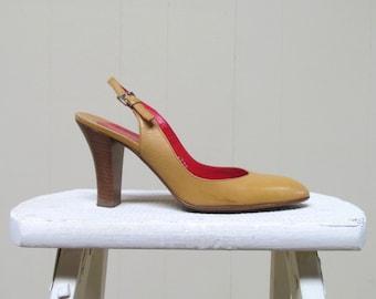 Vintage 1960s Shoes / 60s Walter Steiger Gold Leather Slingback Heels / Size 5 US