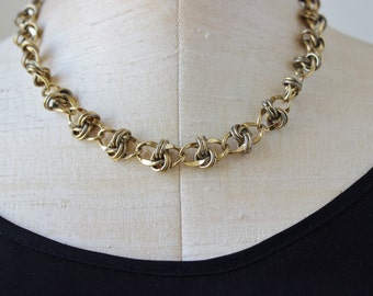 70s 1970s Textured Collar Necklace Gold Chain