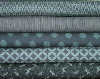 Indigo Fat Quarter Bundle of 5 by Moda
