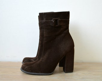 High Heels Ankle Boots Vintage Dark Brown Size US 7 EU 37  1970s Leather Suede Boots