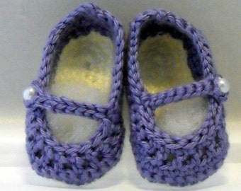 Baby Booties Crochet with Pearl Button Mary Janes
