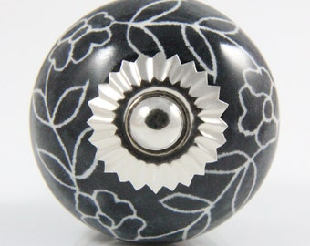 Black ceramic knob with white flowers 3.9cm BW006