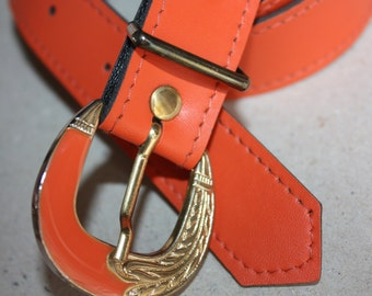 Vintage Belt with Metal Buckle - ... a Fashionista Statement Piece can fit for Size XS /// S /// M