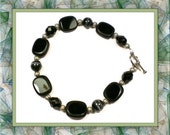 Basic Black Beaded Bracelet 7-1/2 inches