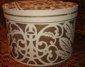 Reproduction Hatbox  9 tall x 14