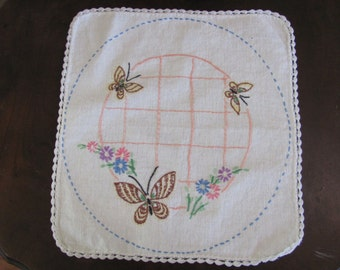 Antique Embroidered Table Runner Dresser Scarf Doily - 11""