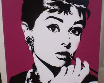 Audrey Hepburn (purple)
