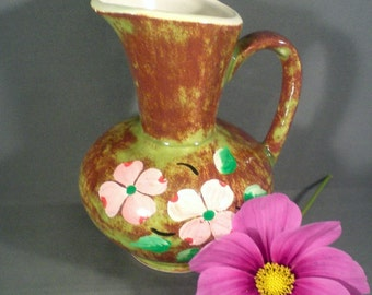 Vintage Mid Century 1970s Ceramic Pitcher Or Vase Shelf Sitter Ozarks Souvenir