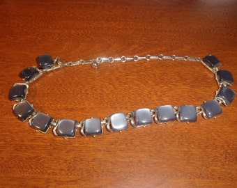 vintage necklace blue moonglow lucite thermoset silvertone