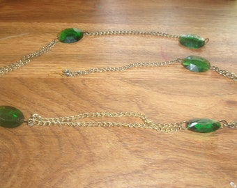 vintage necklace goldtone chain green lucite