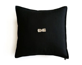 Black linen pillow cover with little bow by Lovely Home Idea
