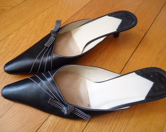 Sexy pointy black leather kitten heel slides Rockabilly VLV mules white stitching and full leather soles Grease costume by Talbots size 8.5
