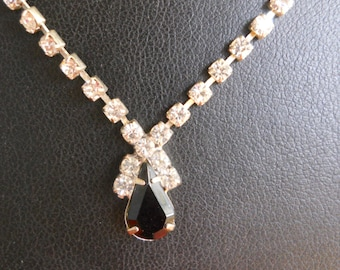 Vintage Single Strand Rhinestone Necklace with Faceted Black Teardrop