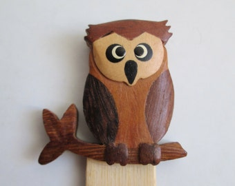 Wood OWL Bookmark. Book Mark.  Mod, pop, Mid century Kitsch, Vintage Eames Panton era.  Pristine.