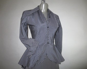SALE***1950s CARL NAFTAL Original //  Woman's Two Piece Suit // Wiggle Skirt // 17 Button Front