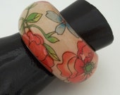 Vintage Lucite Tropical Hibiscus Bangle