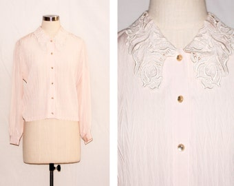 Vintage Pleated Pink Blouse with Lace Collar