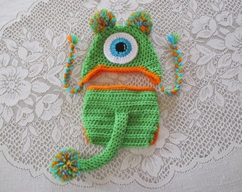 Lime Monster Crochet Hat and Diaper Cover - With or Without Tail - Photo Prop Set - Available in Newborn, 3 to 6, 6 to 12 and 12 to 24