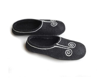 Handmade wool felted slippers with rubber soles- house shoes-black