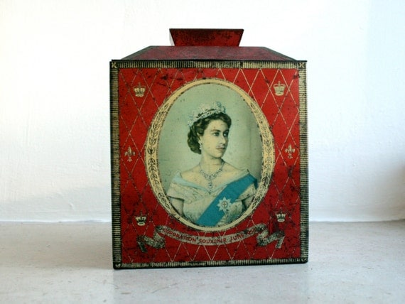 rare vintage queen elizabeth 1953 coronation souveneir tin