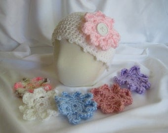 Baby Hat Crochet in White with Interchangeable Button Flowers - Newborn to 3 Months