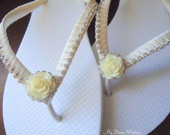 Ivory Flip Flops. Cabochon flower bridal flip flops. Cabochon Collection-Ivory 01