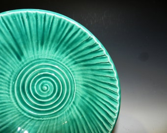 Green celedon textured bowl