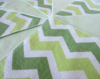 Diaper Wipes/Flannel Wash Cloths/Flannel Cloth Diaper Wipes for Baby, Green Chevron (10)