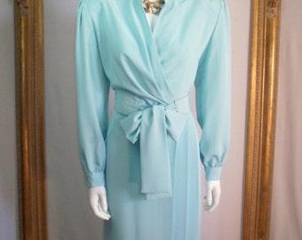 CLEARANCE Vintage 1980's Lilli Ann Petites Pastel Blue Dress with Belt - Size 18 petite