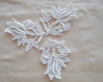 Venice Lace Embroidery Appliqués In White Color.