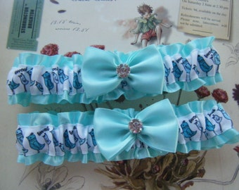 Aqua Blue and White Bird Garter Set