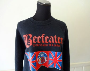 Vintage Beefeater By The Tower of London Sweatshirt 1980s