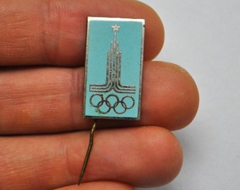 Vintage Soviet Russian enamel badge.Moscow Olympics 1980.